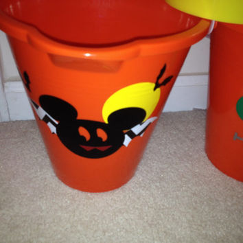 Halloween trick or treat bucket Halloween Mickey Mouse,Halloween Mickey,Halloween Minnie mouse.Mickey Mouse party favor,Mickey Mouse, Disney