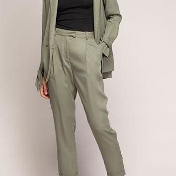 Deanna Tencel Trouser in Olive