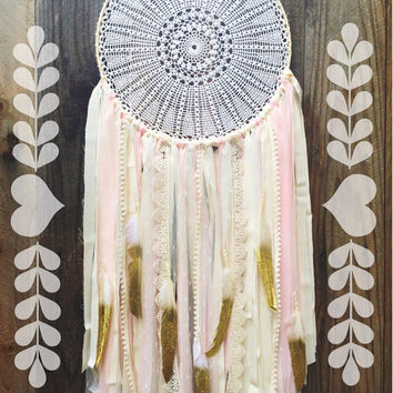 Light Pink, Cream, & Gold Shabby Chic Boho Gypsy Glitter Feather Lace Crochet Doily Dreamcatcher // Nursery Decor // Home Decor Wall Hanging