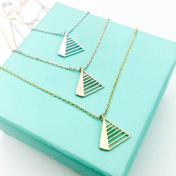 Pyramid Necklace, Egyptian Pyramid Necklace, Triangle Layering Necklace, Dainty Pyramid Necklace, Bohemian Geometric necklace