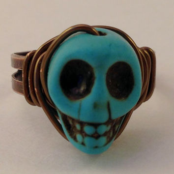 Turquoise Skull Ring - Turquoise and Copper Ring - Adjustable Ring - Halloween Ring - Horror Jewelry - Day of the Dead - Howlite Skull Ring