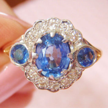 SALE SALE Genuine Ceylon Sapphires and Diamonds. Engagement Ring. An Elegant and Rich Vintage Combination.