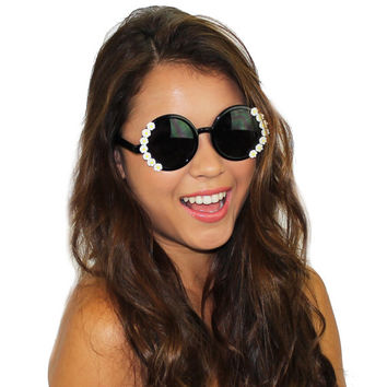 Daisy Floral Beaded Round Frame Retro Inspired Fashion Sunglasses Eyewear