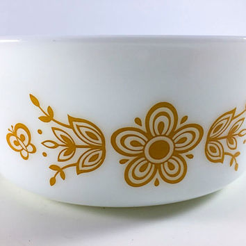 Vintage Pyrex Butterfly Gold Cinderella Casserole Milk Glass White Bowl 472-B 750ml
