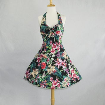 Vintage 1980s Hawaiian Pin-up Halter Circle Sun Dress Tie Bust