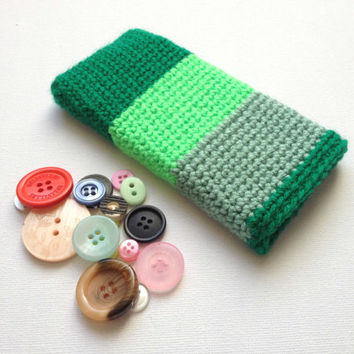 Green iPhone Sleeve, iPhone 5 Case, Green Stripe Phone Sleeve, Crochet Phone Sleeve, Neon Green Phone Sleeve