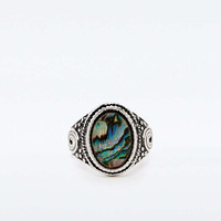 Bohemian Shell Ring - Urban Outfitters