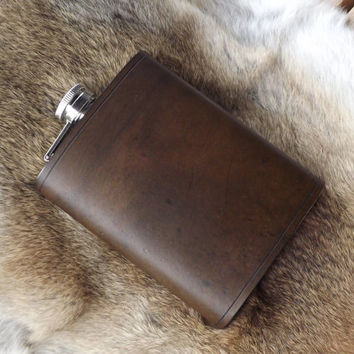 Custom Leather Flask - 8oz Flask with Leather Cover - Groomsmen Gift