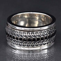 Stephen Webster Highwayman Black Sapphire Spinning Tire Track Ring