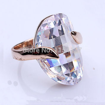 Green 7 Free shipping hot sale exquisite elegant metal alloy gold wedding rings with big stone crystal cubic zircon jewelry