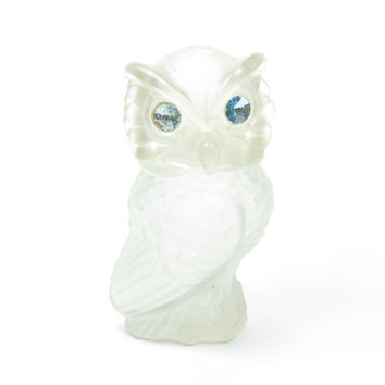 Avon Snow Owl Powder Perfume Bottle Clear Frosted Glass Blue Rhinestone Eyes