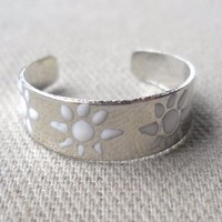 Silver plated handpainted toe ring adjustable size