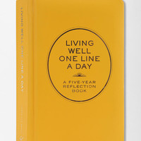 Living Well One Line A Day Journal