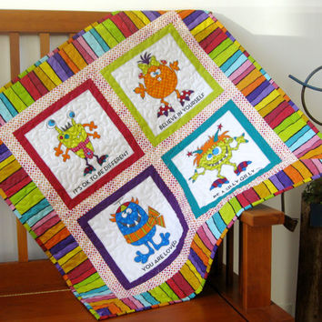 Children's Wall Hanging Baby Quilted Toddler Blanket Silly Gilly Stroller Quilt