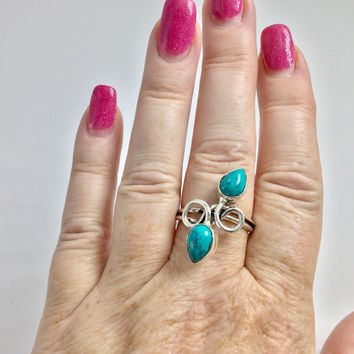 Turquoise Twisted Silver Ring size 9