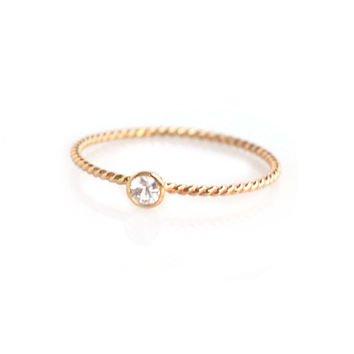 Twisted Gold Diane Ring (white sapphire)
