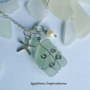 Sea glass necklace. Wire wrapped sea beach glass necklace. Sea glass jewelry.