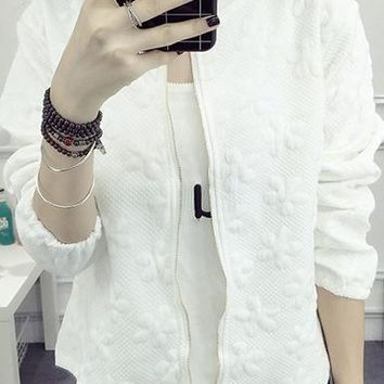 Casual Jacket - Zipped Front / Three Quarter Length Sleeves