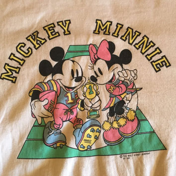 Vintage Mickey And Minnie mouse crewneck / sweater / pullover / jumper / Size L