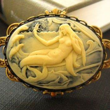 vintage art nouveau frame mermaid cameo pendant by yan4u on Etsy