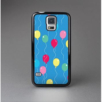 The Blue With Colorful Flying Balloons Skin-Sert Case for the Samsung Galaxy S5