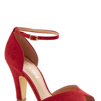 Vintage Inspired Fine Dining Heel in Rouge