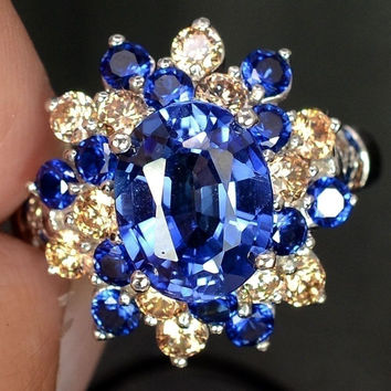 A Vintage 2.99CT Oval Cut Blue Sapphire & Topaz Ring