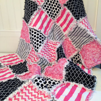 Baby Girl Rag Quilt, Crib Quilt, Nursery Blanket, Modern toddler Rag Quilt, 35 X 49. Pink, Black, White, Riley Blake Handmade, Ready to Ship