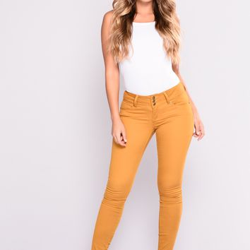 Devina Booty Shaping Twill Pants - Mustard