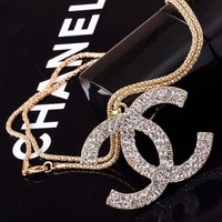 8DESS Chanel Women Fashion Diamonds Necklace Jewelry