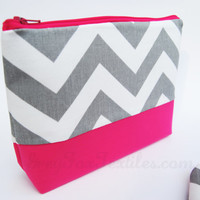 Handmade of designer fabric Grey Chevron / Fuchsia pink cosmetic case / zipper pouch / organizer / clutch