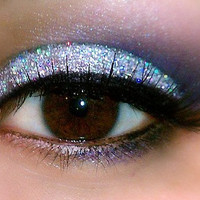 SILVER SPARKLE Professional Grade Cosmetic Glitter Eyeshadow and Eyeliner. Vegan