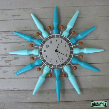 Vintage 50s 60s Retro Aqua Silver Mid Century Starburst Atomic Clock Repurposed Redo Restored