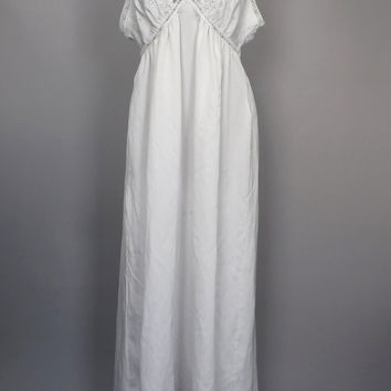 Vintage Van Raalte 1950s 60s White Silky Eyelet Lace Sleepwear Nightgown Lingerie Large Teddy Mad Men Pin Up Boudoir Fashion Long Gown