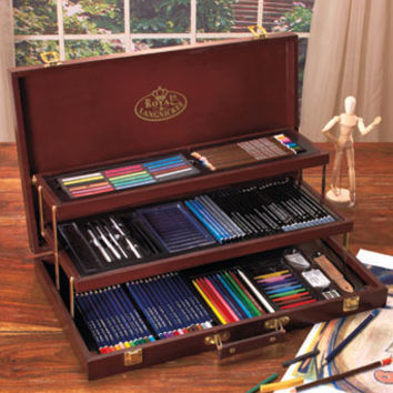 134-Pc. Deluxe Sketching & Drawing Chest
