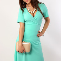 A34 Elegant and fashionable dress