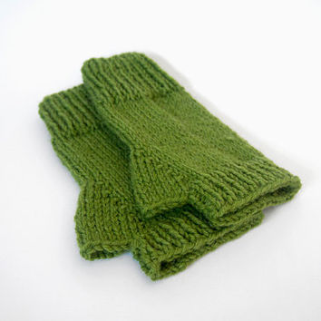 custom knit fingerless mittens-- the condyle wristwarmers in avocado