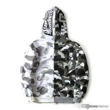 camouflage men s hoodies windbreaker hoodies fashion cardigan earthly plus cashmere coat brand japanese high qualiy hoodies