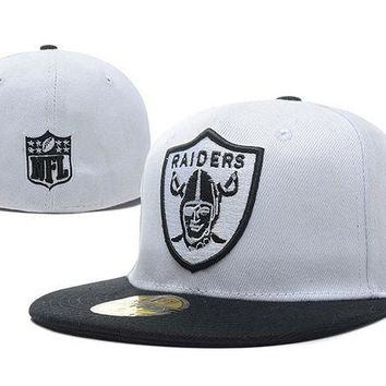 ONETOW Oakland Raiders New Era 59FIFTY NFL Football Hat White-Black