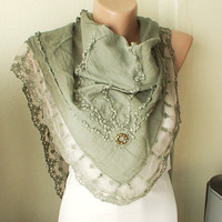 Hand Dyed Green Color Scarf from 100 coton with flora by Periay