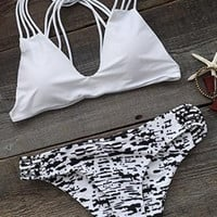 Cupshe Keep It Classic Strappy Bikini Set