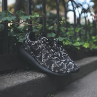 NIKE Roshe Run Print - Tiger Camo / Black