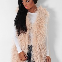 Kadam Dusky Pink Fleece Lined Faux Fur Gilet | Pink Boutique