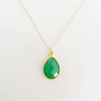 Green Jade colored Geode Gemstone 14k Gold filled Pendant Necklace. Modern and Minimal Jewelry. Gift for Her