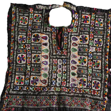 Indian vintage banjara neck yoke with embroidery and mirror work. Colorful threads gives it awesome look. Banjara front dressing neck yoke.