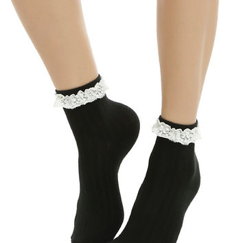 Blackheart White & Black Lace Detail Ankle Socks