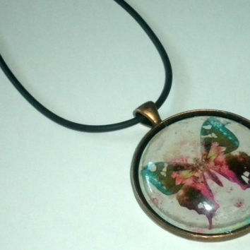 """Glass Pendant Necklace - 1.5"""" Circle - Butterfly"""