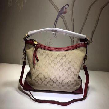 GUCCI Clutch Messenger Bag ECS025724