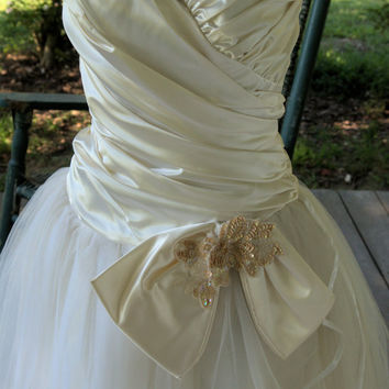 1980s Vintage Dress/ Retro 1950s Snow White Satin Strapless Prom Dress Size S