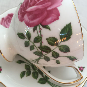 Teacup trio - Vintage Colclough fine bone china - teacup, saucer & plate - Rose patterned trio